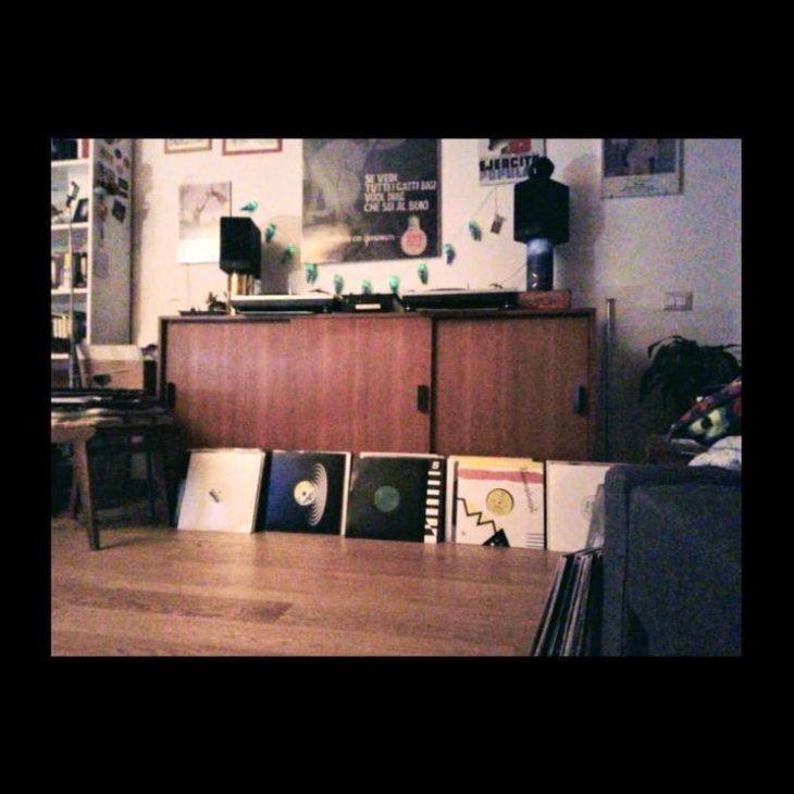 DISCOVERY SARDINIA RADIO RESIDENTS W/ FRANCESCO OLIVA ELECTRONIC SOFA' MIX