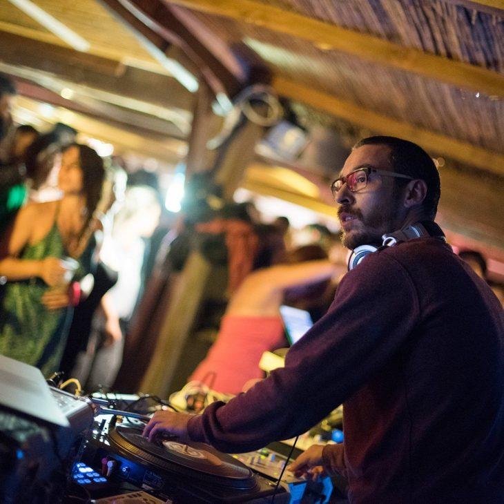 DISCOVERY SARDINIA RADIO SPECIAL W/ DJ PADRINO – GROOVY NOODLES SPICY RAMEN MIX